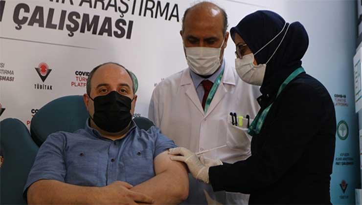 Bakan Varank yerli aşının 2.dozunu oldu