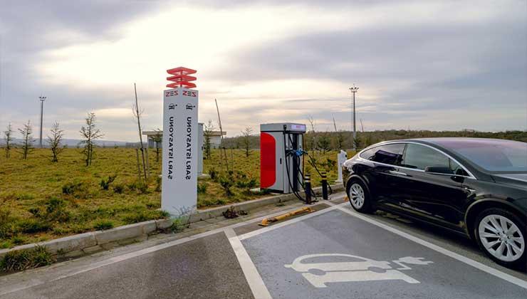Bayramda elektrikli şarj istasyonları hizmet verecek